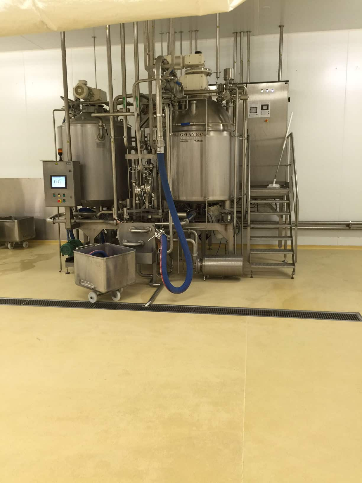 Mortier taloché en résine polyuréthane-ciment